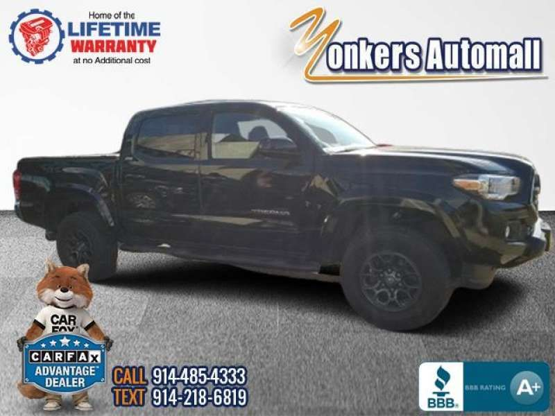 Used/Pre-owned 2017 TOYOTA TACOMA SR5 Double Cab 5' Bed V6 4x4  Bronx,NY